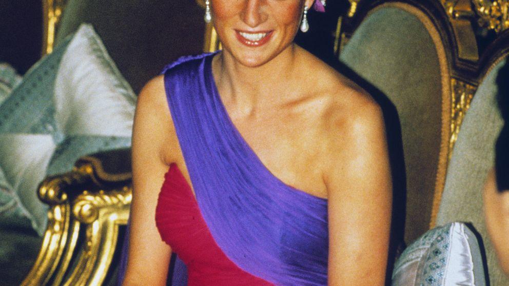 La Casa Real inglesa, de moda: los trajes de Lady Di y otras royals en dos exposiciones