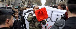 La policía detiene en París a decenas de estudiantes