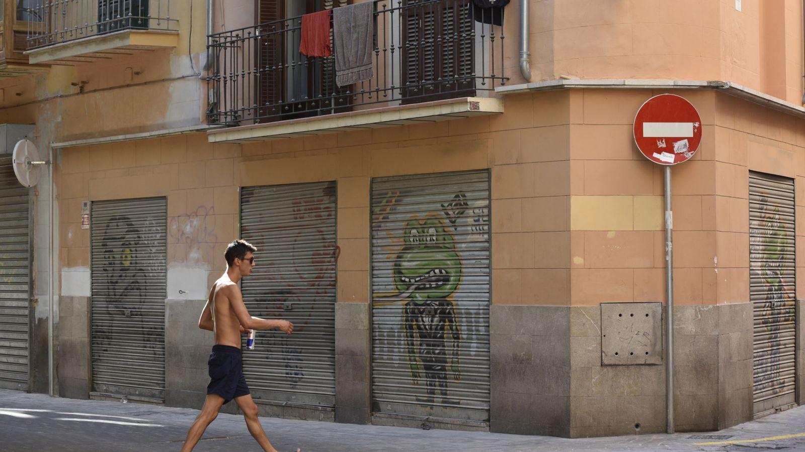 Foto: Local cerrado a la espera de alquiler en Baleares. / EFE