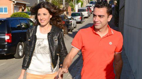 Xavi Hernández se libra in extremis del caos en Saint Denis por  su mujer