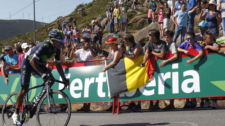 Quintana descuelga a Froome para vestirse de líder en la Camperona