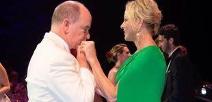 Post de Alberto y Charlene de Mónaco: cómplice cita en la gala de la Cruz Roja antes de la boda