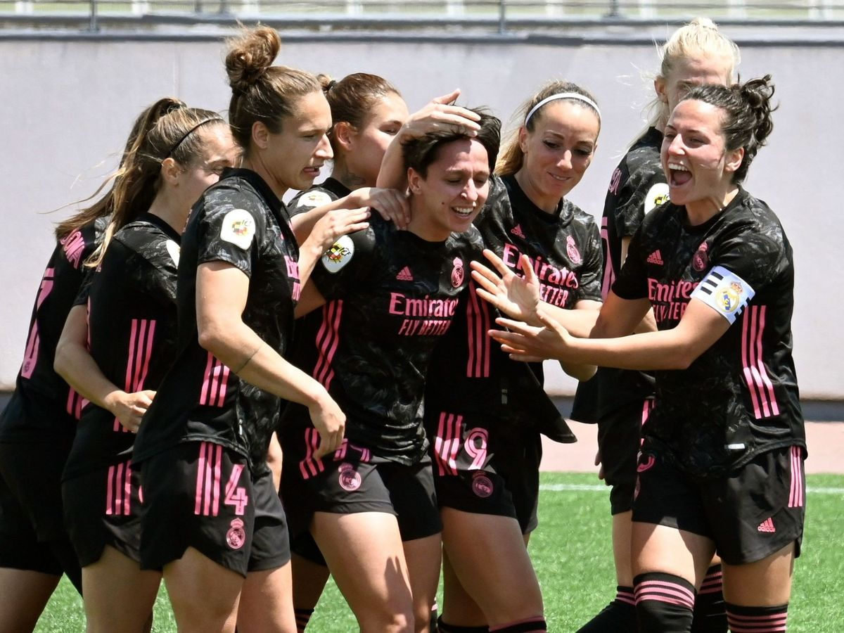 Foto: Las jugadoras del Real Madrid celebran un gol. (EFE)