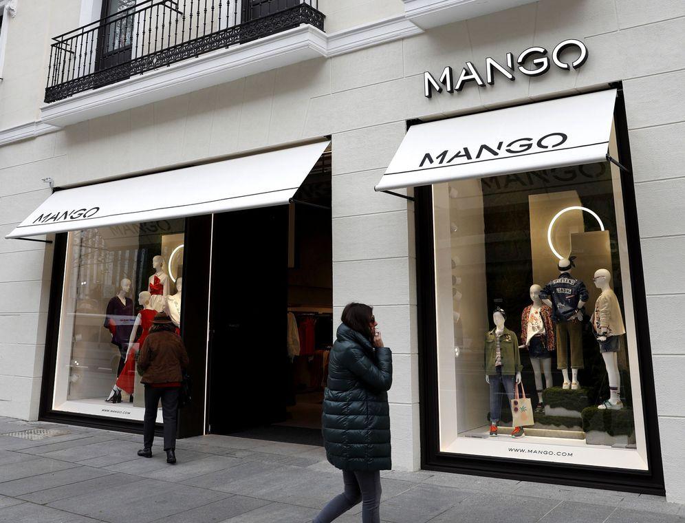 Foto: Fachada de una tienda de la firma Mango. (EFE)