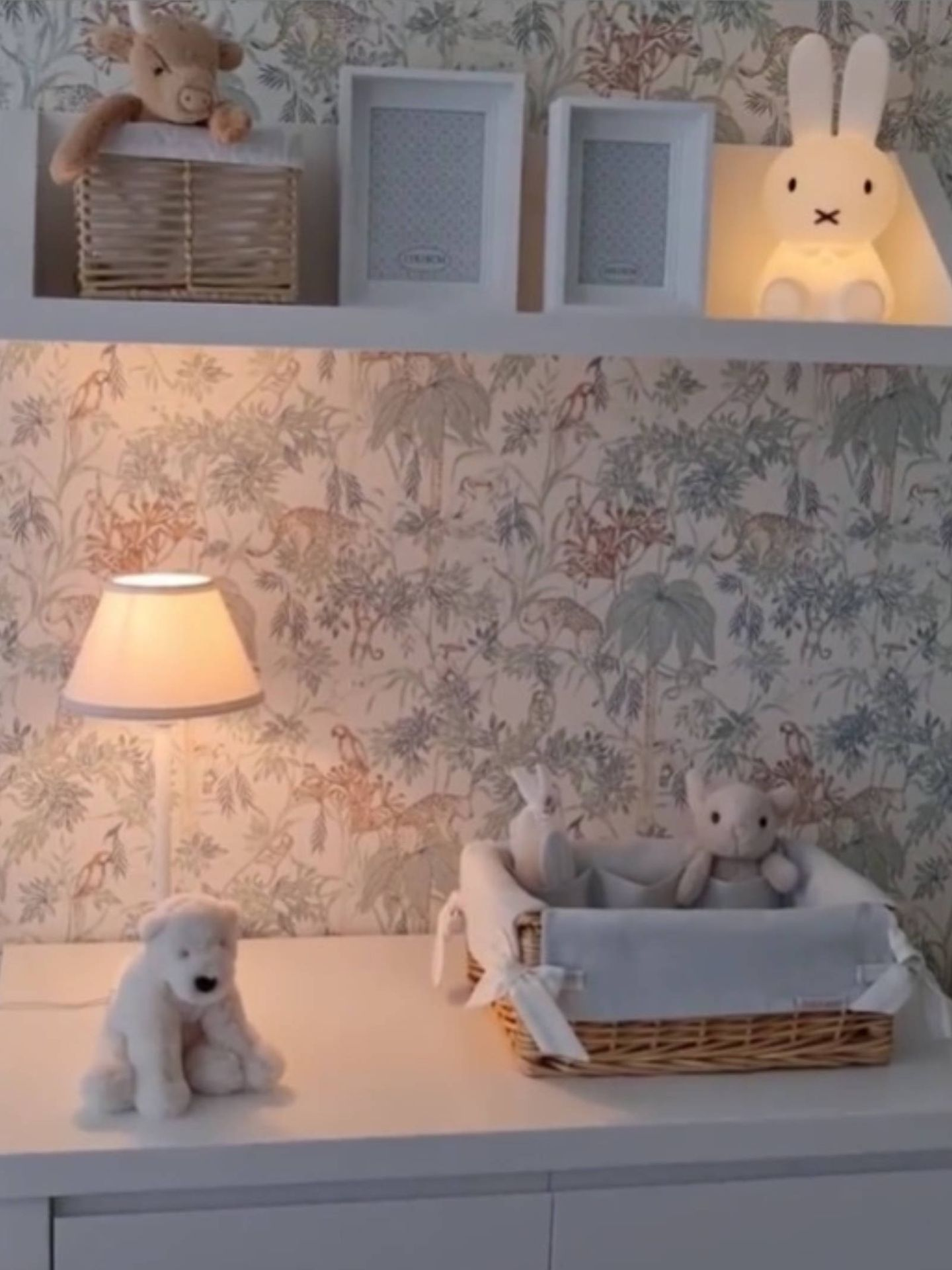 La habitación de Miguel Jr. (Instagram @pau_eche)