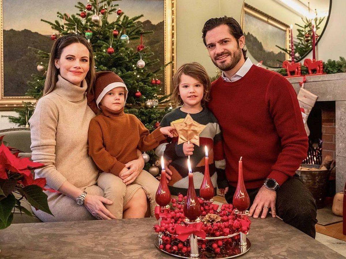 Foto: Sofía y Carlos Felipe, junto a sus hijos Alexander y Gabriel. (Instagram @prinsparet)