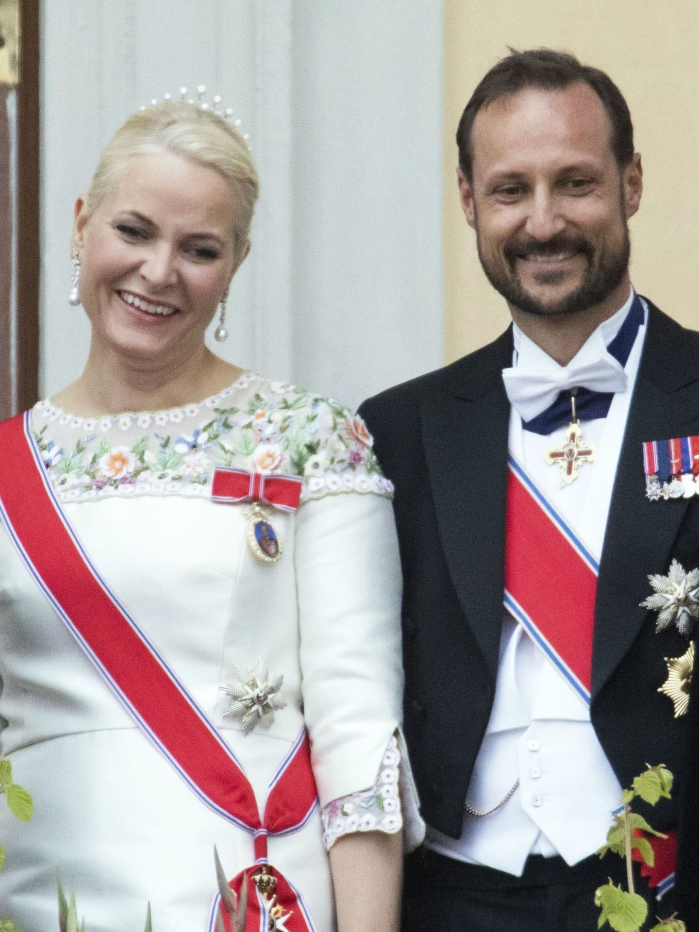 El príncipe heredero de Noruega, Haakon, y su esposa, la princesa Mette Marit. (EFE)