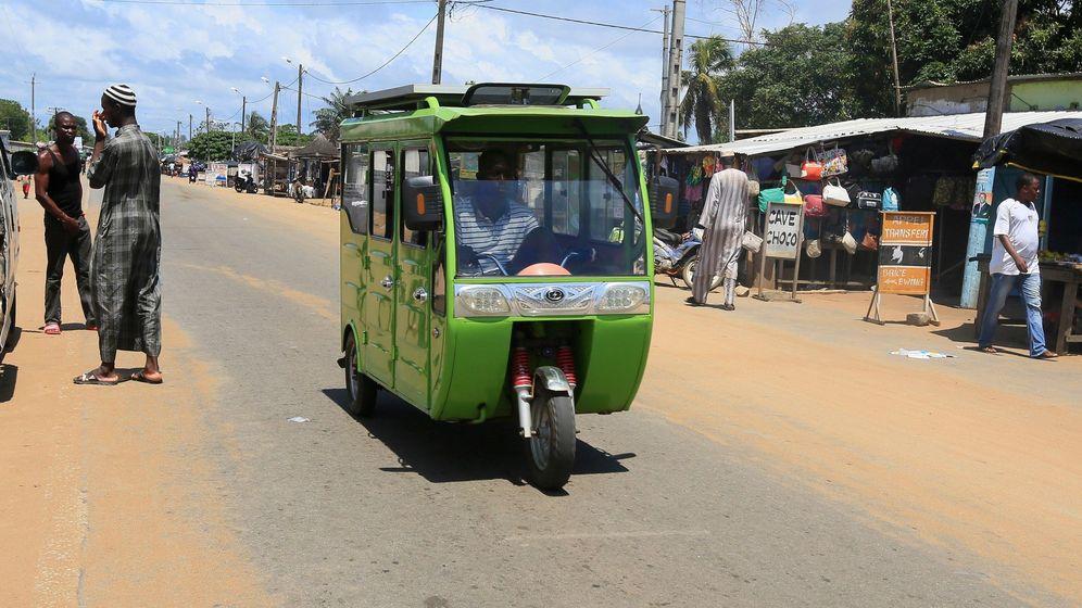 Foto: Foto de archivo de una calle en Dabou, Costa de Marfil. (EFE)