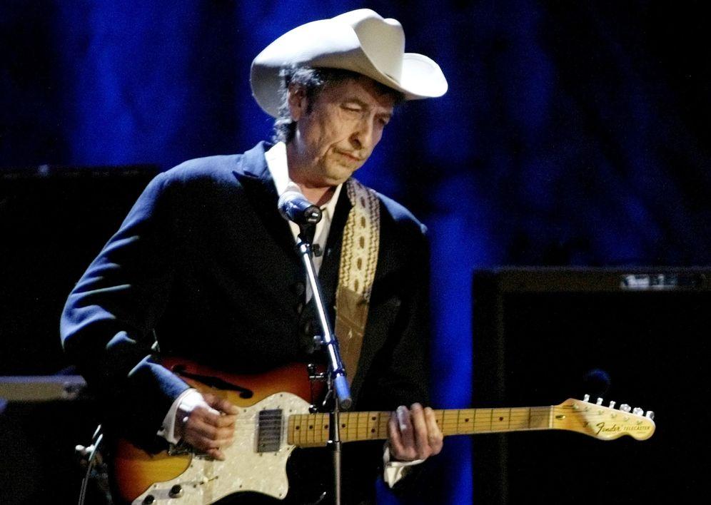 Foto: Bob Dylan en una actuación en Los Ángeles (Reuters)