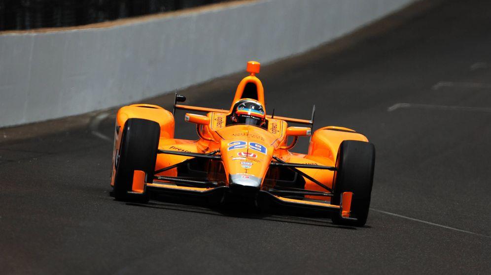 Foto: En 2019, Fernando Alonso participará por segunda vez en las 500 Millas de Indianápolis. Ya lo hizo en 2017. (Reuters)