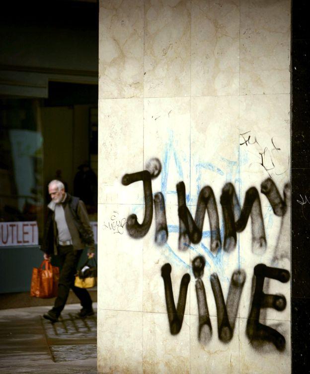 Foto: Pintada en el centro de A Coruña. (EFE)
