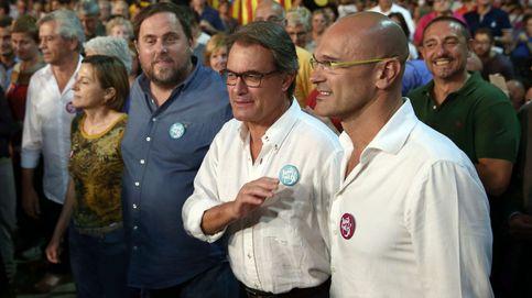 Mas pide actitud de combate y avisa de que ningún banco se irá de Cataluña