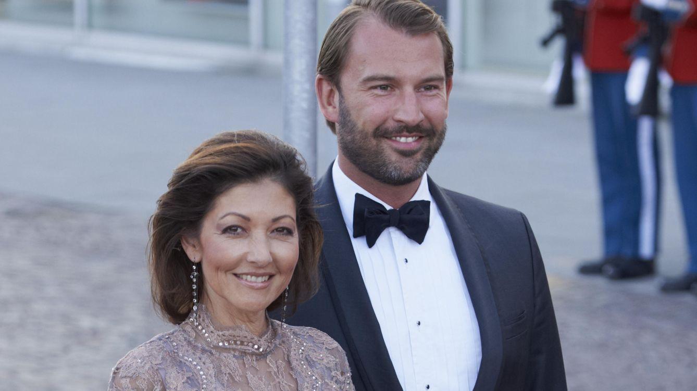 Foto: Alexandra y su segundo marido en una de las celebraciones del cumpleaños de Margarita II (Gtres)