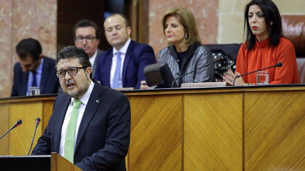 Foto: El caso más llamativo es el del líder de Vox en Andalucía, Francisco Serrano. (EFE)