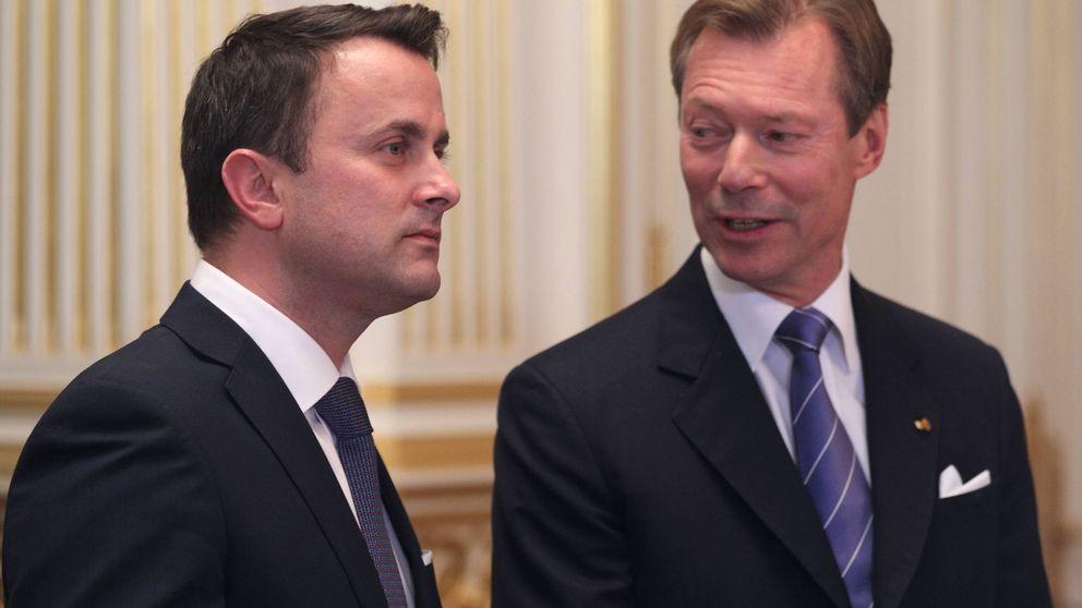 El 'mal rollito' de la familia real y su Gobierno escandaliza al pueblo
