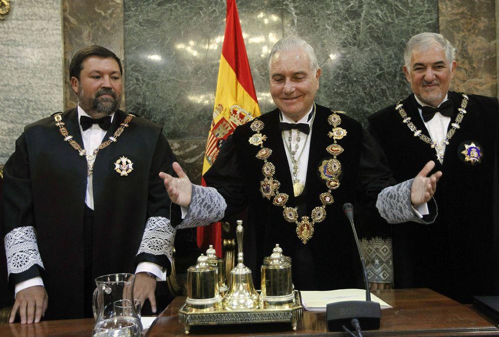 Foto: Caamaño, Dívar y Conde-Pumpido en la apertura del año judicial en 2011 (EFE)