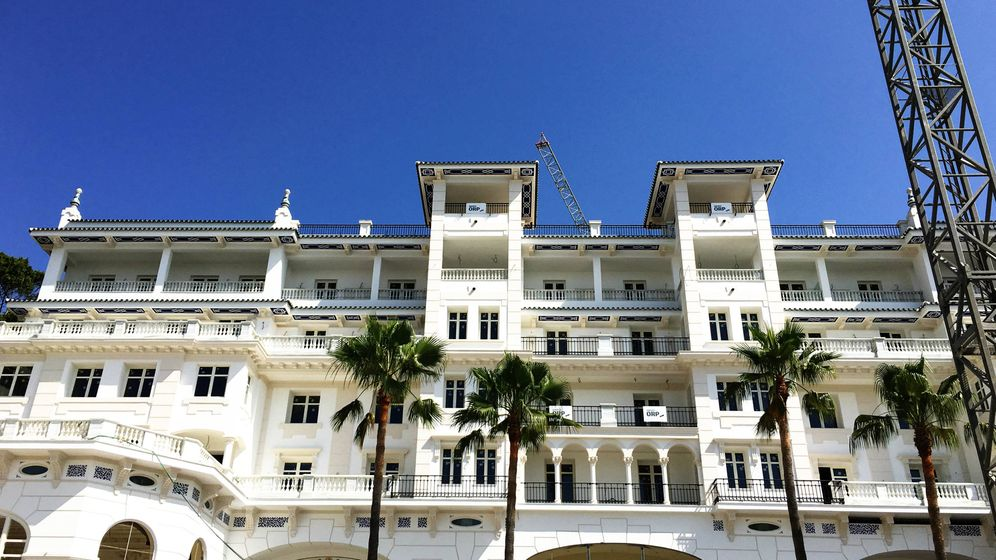 Foto: Aspecto exterior del hotel. (Agustín Rivera)