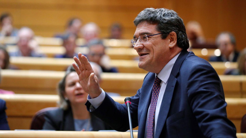 El ministro de Seguridad Social, José Luis Escrivá, en el Senado. (EFE)