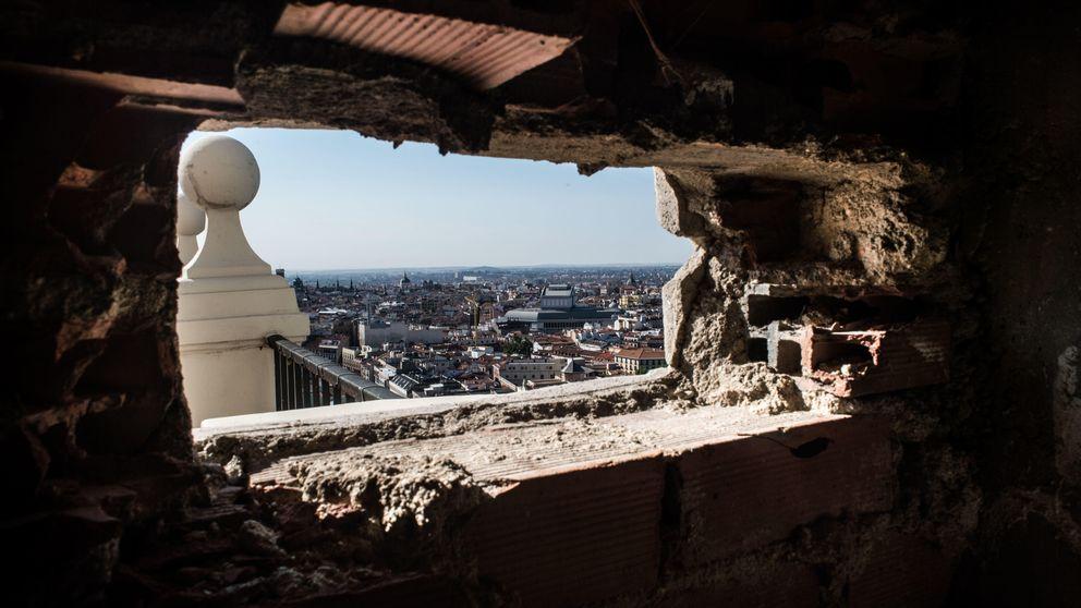 Guerra abierta entre Wang Jianlin y Carmena por el Edificio España