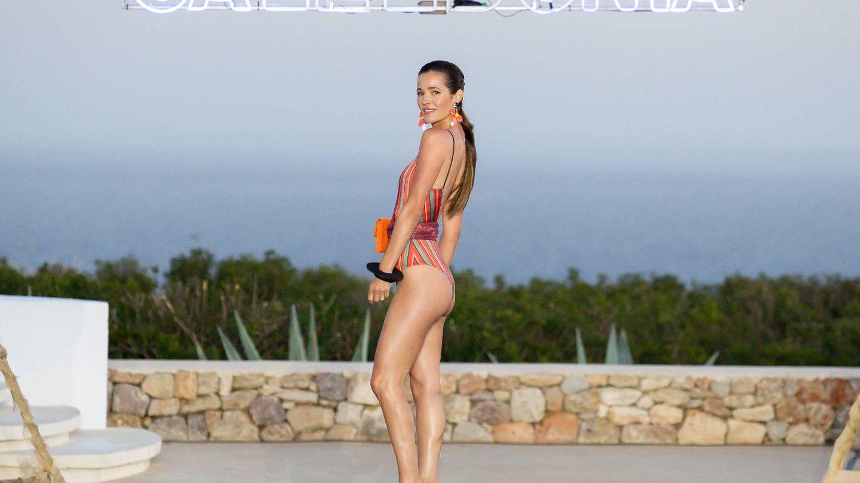Malena Costa posando en la pasarela de Destino Ibiza (Cortesía)
