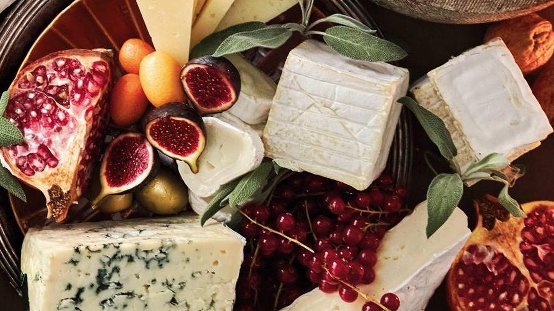 Tabla de quesos y frutas. (APTC)
