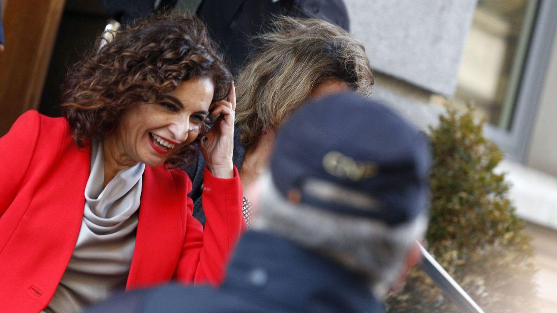 Hacienda advierte a Andalucía del coste reputacional de hablar de intervención