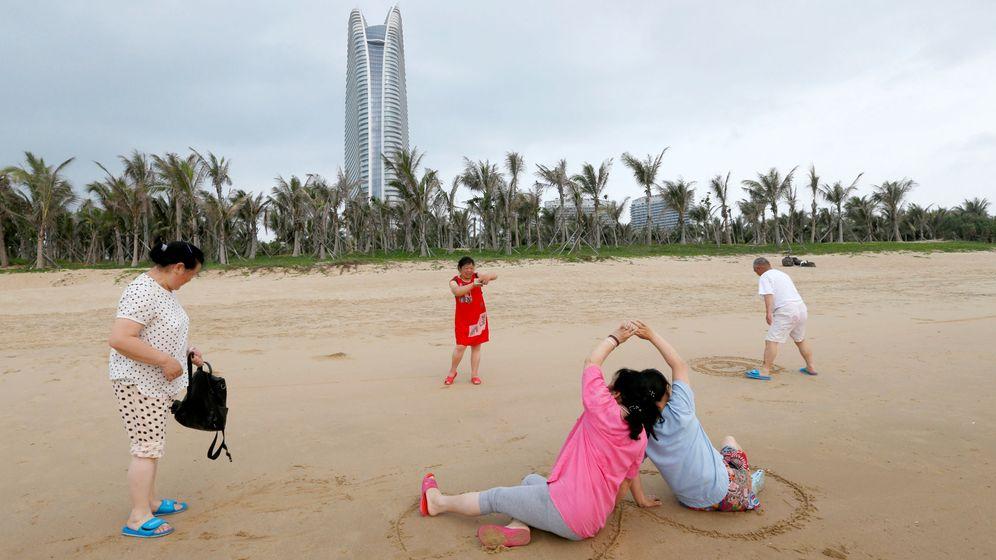 Foto: Imagen de archivo de la playa de Sanya en la provincia de Hainan. (Reuters)