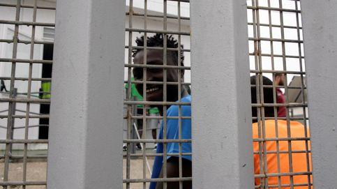 Cincuenta inmigrantes acceden a Melilla en un salto masivo a la valla