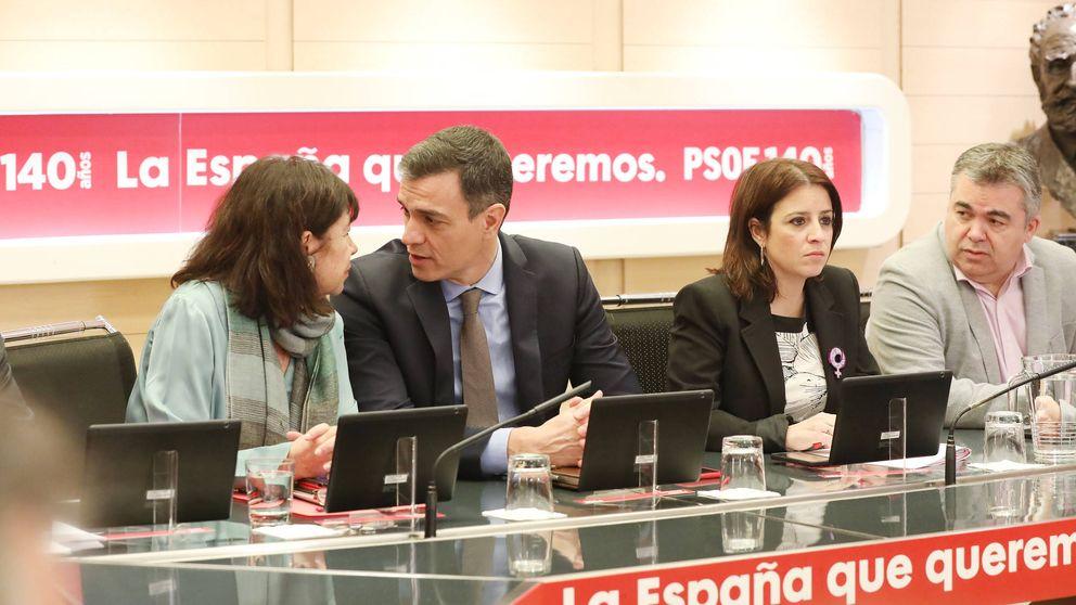 Sánchez acepta la delegación de Torra para la mesa e incorpora a Montero y Ábalos