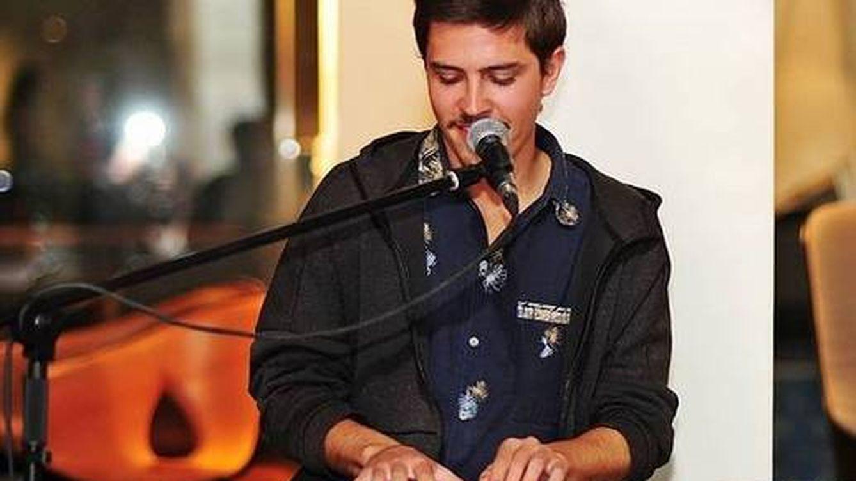 Antonio Blakstad, el hijo de Ángela Molina y su marido Leo: DJ, vegano y mitad de Bliaze