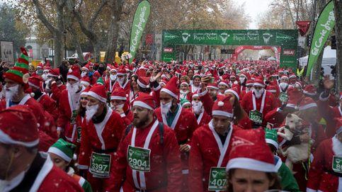 Más de 6.000 Papás Noel corren en Madrid