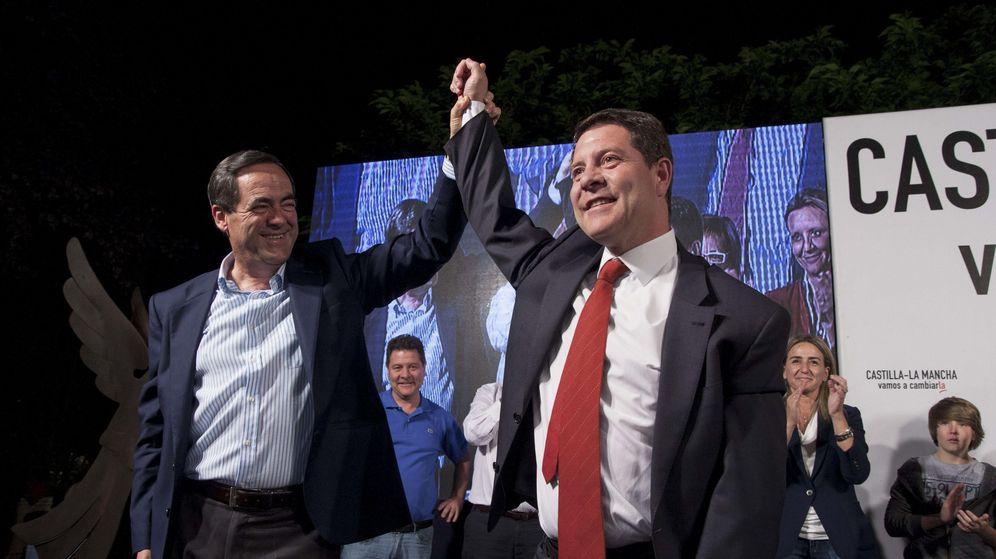 Foto: Garcia Page celebra su victoria el pasado 24-M. (EFE)