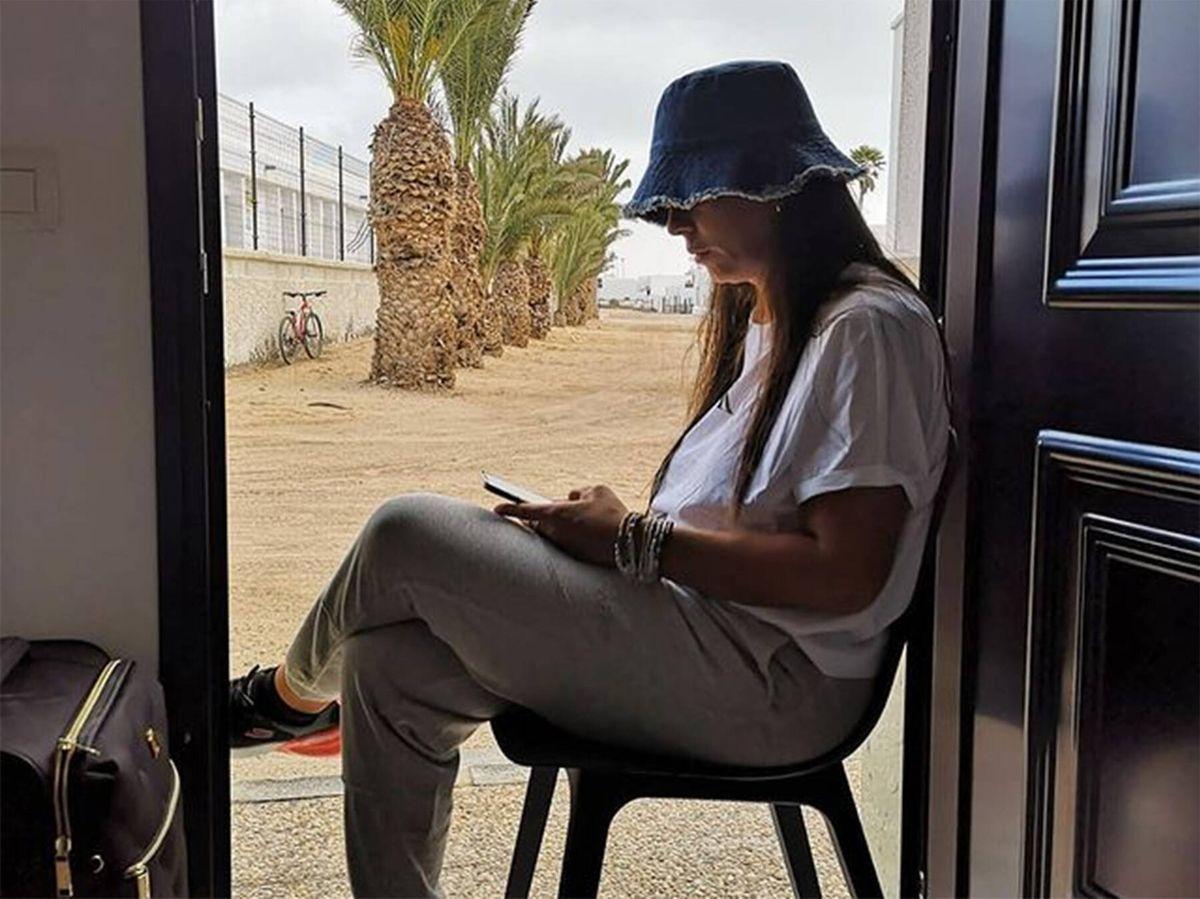 Foto: Anabel Pantoja, desolada en sus redes sociales pocas horas antes de su boda. (Instagram @anabelpantoja00)