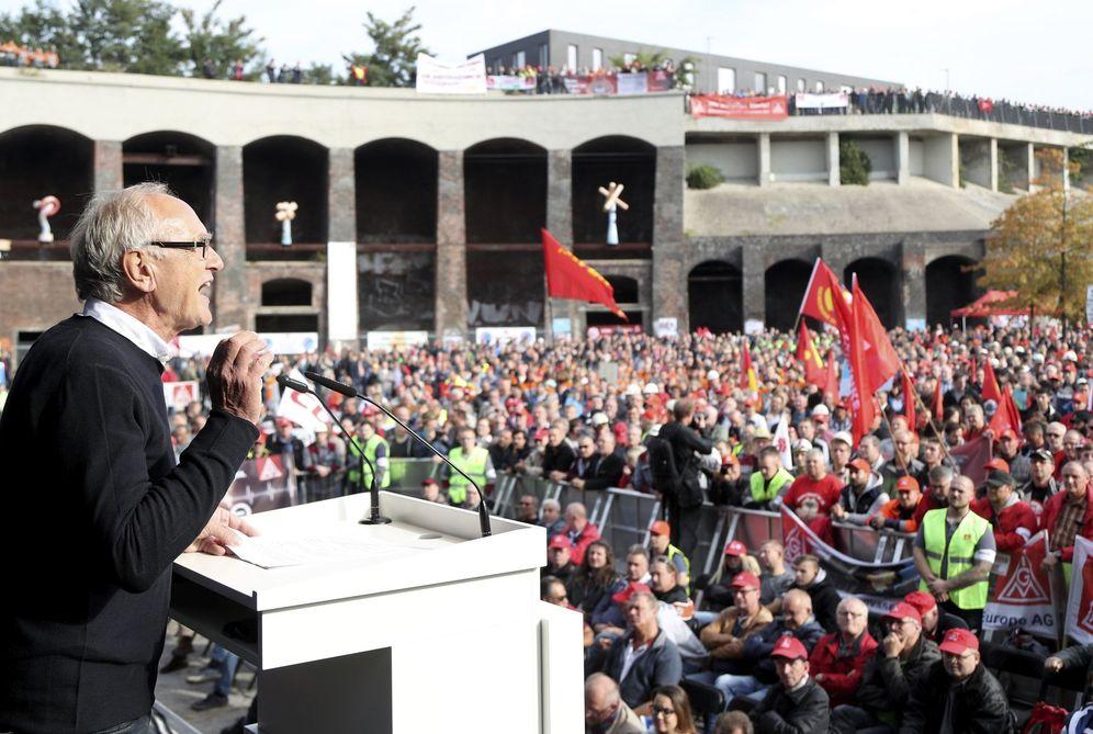 Foto: Protestas de trabajadores de Thyssenkrupp por la fusión con Tata Steel: los perdedores de los países ganadores. (F. Vogel / EFE)