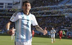 Jorge Mendes 'coloca' a Di María en el United para traer a James