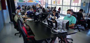 Post de Formando informáticos en el barrio más pobre de España: la otra cara de las Tres Mil Viviendas