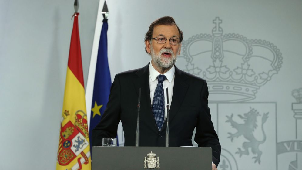 Foto: El presidente del Gobierno, Mariano Rajoy, durante la declaración institucional del 1-O. (EFE)
