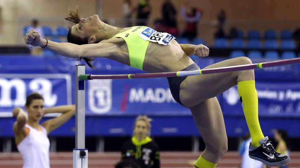 Foto: Ruth Beitia firmó la mejor marca mundial del año con 1198 metros (Efe).