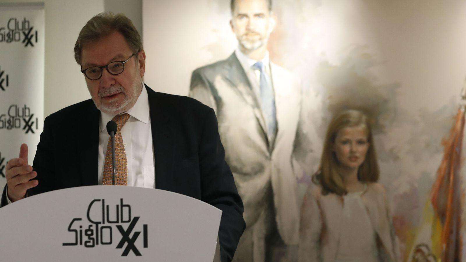 Foto: Juan Luis Cebrián, el pasado miércoles, en un almuerzo del Club Siglo XXI. (EFE)