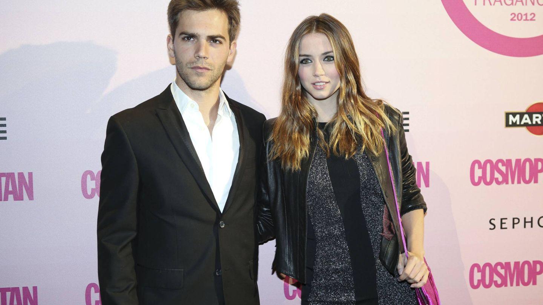 Marc Clotet y Ana de Armas, en la entrega de los Premios Fragancias Cosmopolitan 2011. (Cordon Press)