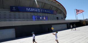Post de Alquiler de colchón hinchable, garajes y camas: el 'pelotazo' de la final de Champions