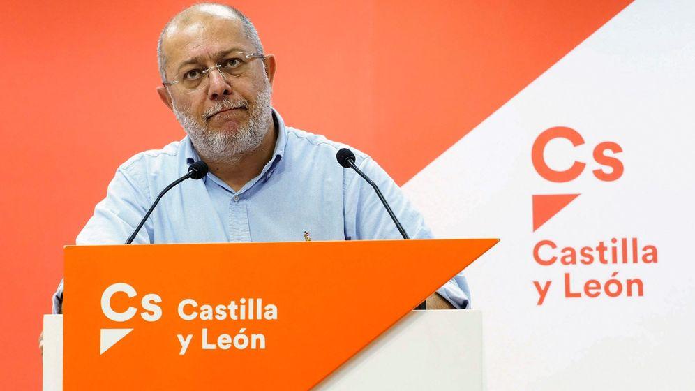 Foto: El candidato de Cs a la Junta de Castilla y León, Francisco Igea, en una rueda de prensa este martes. (EFE)