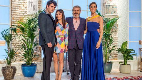 El homenaje de Sánchez Silva a David Delfín en el estreno de 'Maestros de la costura'