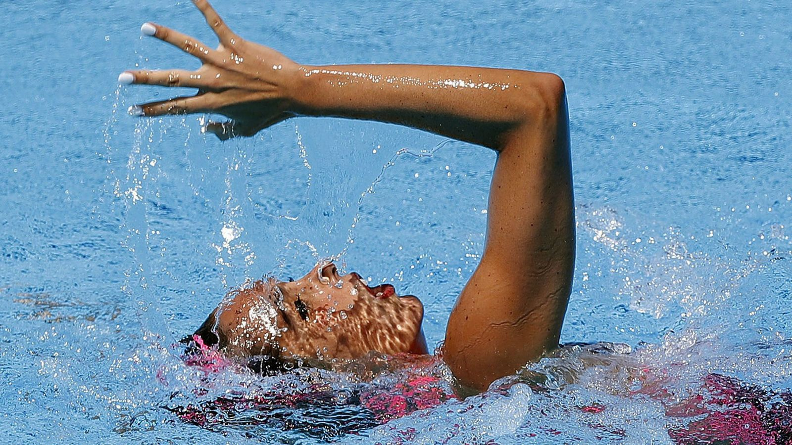 Foto: En la imagen, Ona Carbonell durante la final de solo libre. (EFE)