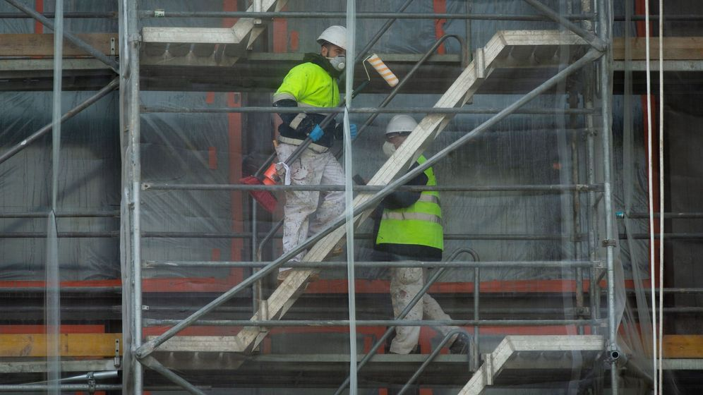 Foto: Obras durante el confinamiento antes del anuncio del Gobierno. (EFE)