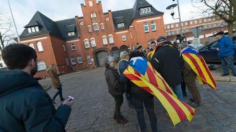 Diputados independentistas recibirán a Puigdemont a su salida de la cárcel alemana