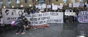 Foto: Las familias de las víctimas del Madrid Arena exigen la dimisión de Botella y su vicealcalde