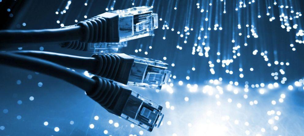 Foto: El futuro de la banda ancha en España, en la cuerda floja