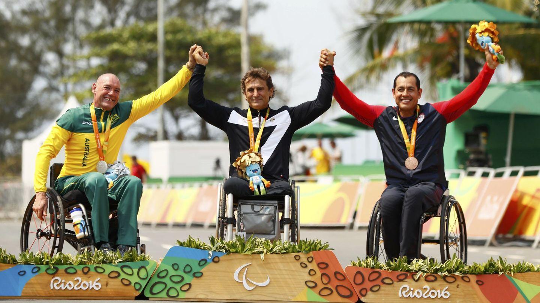 Tras su accidente, Zanardi logró varias medallas paraolímpicas en bicicleta (EFE)