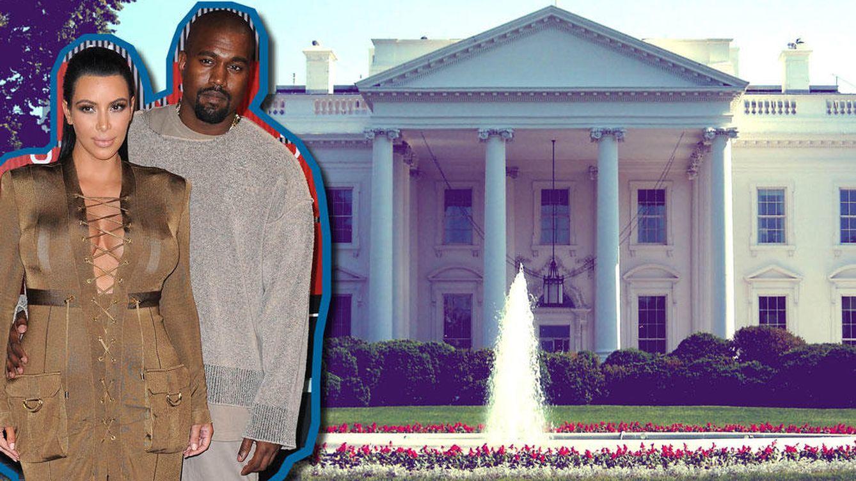 Foto: Kanye West y Kim Kardashian ante la 'Kasa Blanca' (Vanitatis)